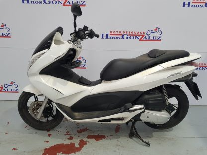 honda-pcx-125-2010-2012-nv006677_1