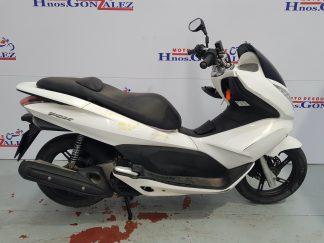 honda-pcx-125-2010-2012-nv006677_2