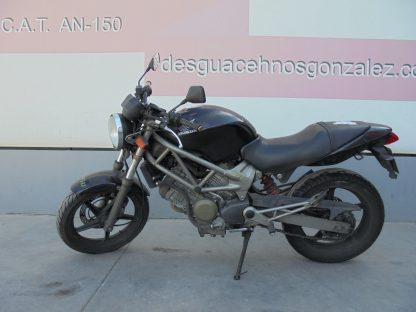 honda-vtr-250-1999-2007-nv004533_1