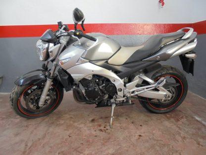 suzuki-gsr-600-2006-2011-nv004137_1