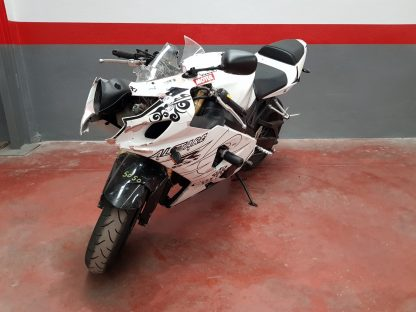 suzuki-gsx-r-600-2004-2005-nv005050_2